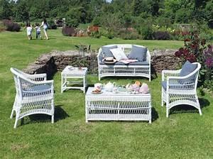Maison Du Monde Table Jardin : bien choisir son salon de jardin decorer sa ~ Teatrodelosmanantiales.com Idées de Décoration
