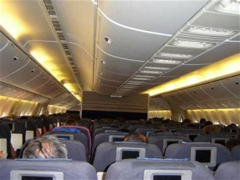 interieur boeing 777 air int 232 rieur d un boeing 777 200 de la united du r 234 ve a la realit 233 enfin j 233 spere ma