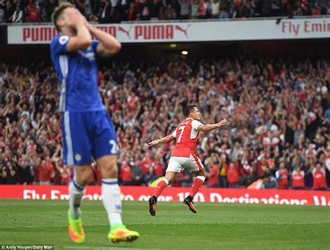 Arsenal 30 Chelsea Gunners Brush Aside London Rivals As