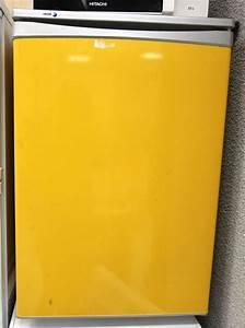 Réfrigérateur De Couleur : refrigerateur table top de couleur jaune de marque fagor ~ Premium-room.com Idées de Décoration
