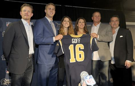 jared goffs   jersey helps boost la rams jersey