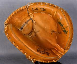 Johnny Bench Catchers Mitt