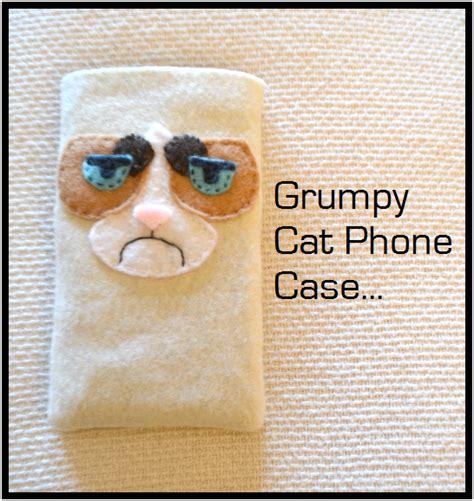 Proper Lovely Grumpy Cat Phone Case