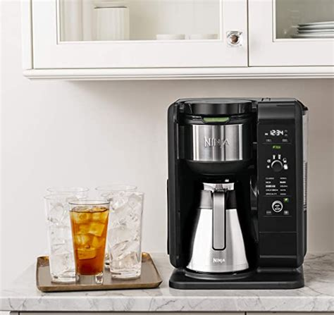 Get a coffee maker reviewed and sorted out the best 10 drip coffee makers of 2017. Top 7 Best Automatic Drip Coffee Makers in 2020