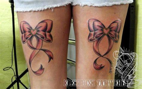 schleifen oberschenkel bein schleife elektrisk tatovering