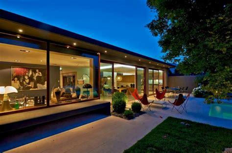 cuisine taupe rénovation et extension d une maison contemporaine à