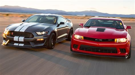 Chevrolet Camaro Vs Ford Mustang by 2016 Ford Mustang Shelby Gt350r Vs 2015 Chevrolet Camaro