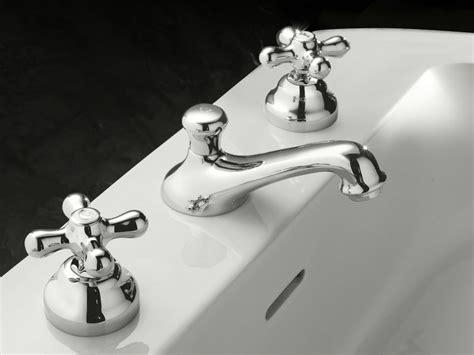 signorini rubinetti rubinetto per lavabo a 3 fori con scarico automatico