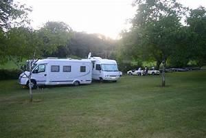 Les Camping Car : aire tape camping car en dordogne camping aux etangs du bos ~ Medecine-chirurgie-esthetiques.com Avis de Voitures