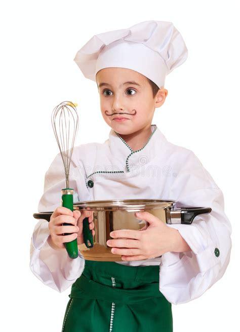 petit ustensile de cuisine petit chef avec l 39 ustensile de cuisine photo stock image