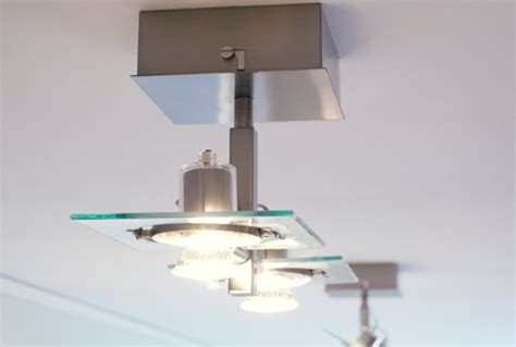 spot led pour cuisine luminaire plafond cuisine lot de cuisine plan de travail