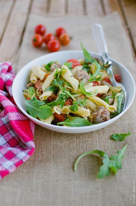 salade de p 226 tes italienne 224 la saucisse et aux tomates