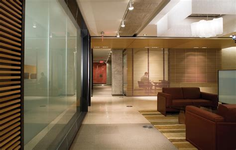 Providing the Right Office Interior Design for Your