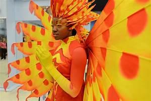 a sneak peek at eight disney festival of parade