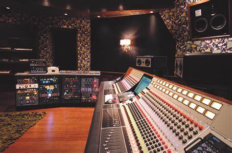 Studio Baumhaus   Pilchner Schoustal International Inc.