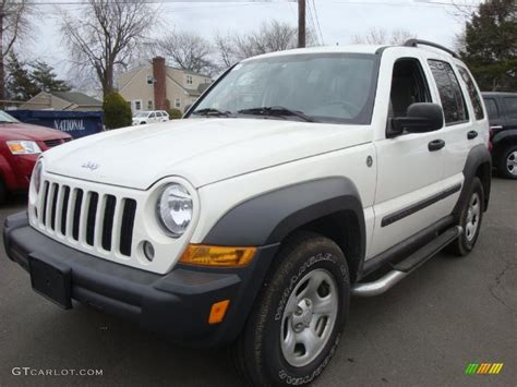 jeep liberty white 2007 stone white jeep liberty sport 4x4 26935898 photo 8