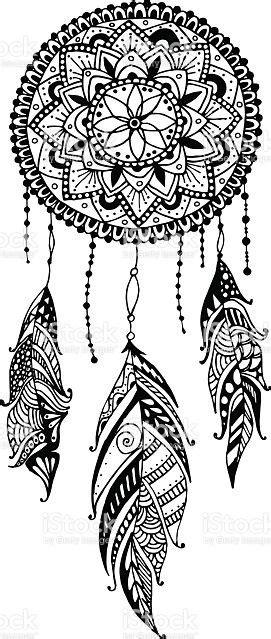 mano disegno mandala acchiappasogni  piume etnico