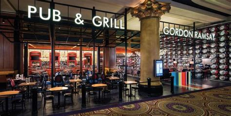 cuisine de gordon ramsay gordon ramsay pub grill restaurant review at caesars