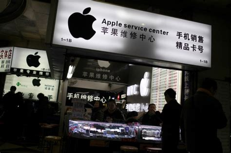 apple steps  labour audits finds underage workers