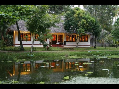Munnar Boat House Price by Hotels Resorts In Alappuzha