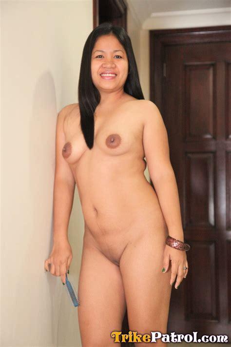 Mature Filipina housewife swallows cum - Trike Patrol