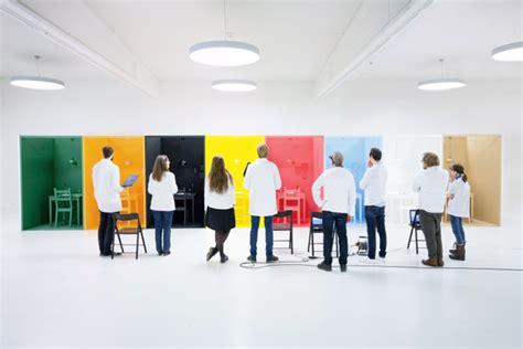 Wie Wirken Farben by Wie Wirken Farben Tork Experiment Zur Farbwirkung Auf