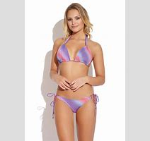 Elisandra Tomacheski Showing Her Amazing Bikini Body At The Guria Swimwear Pichunter