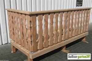 Balkonverkleidung Aus Holz : douglasie balkongel nder holzbalkon balkon holz alt ~ Lizthompson.info Haus und Dekorationen