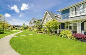 4 Reasons to Live in the Suburbs   Credit.com