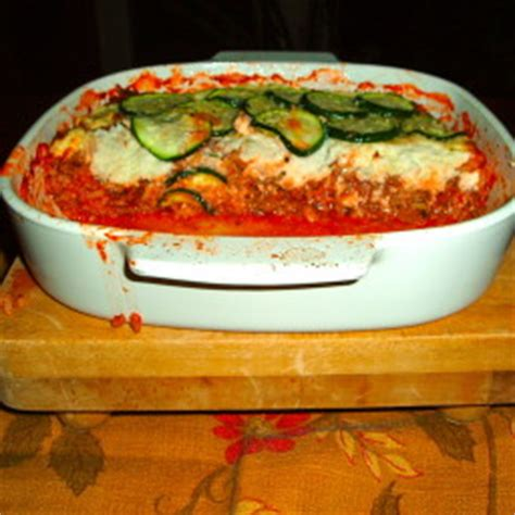 layered zucchini ground beef casserole