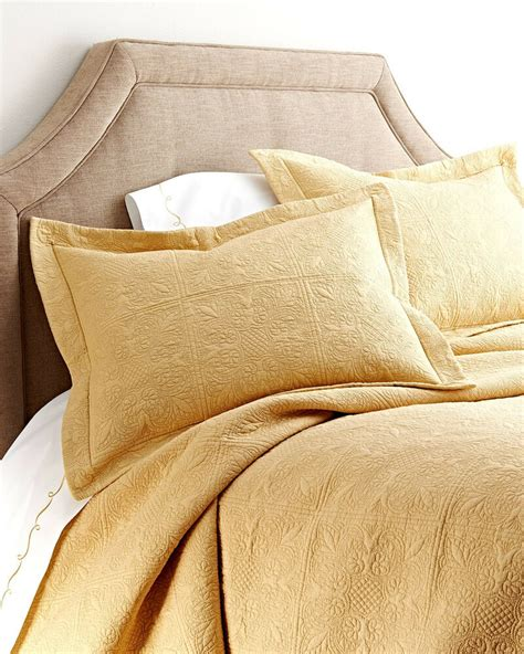 Gold Coverlet cornsilk yellow or king quilt gold
