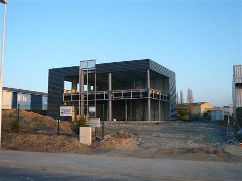 bureaux expo construction bureaux salle d 39 expo et entrepôt à la baule