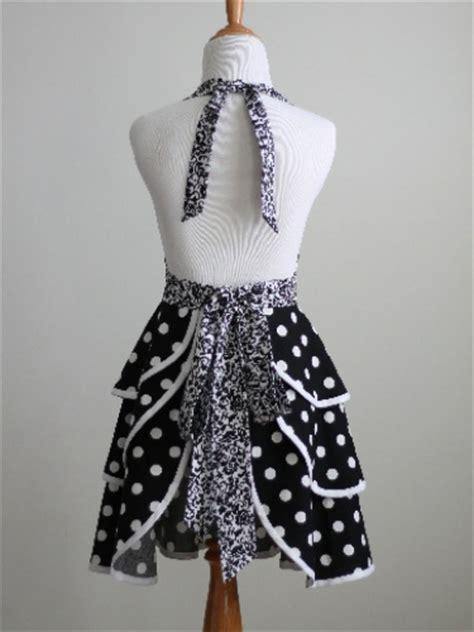 apron sewing pattern  luscious layers meylah