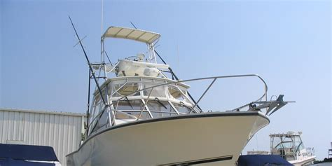 Boat Trader Carolina Classic 28 by 2001 Carolina Classic 28 W Pics Reduced The Hull