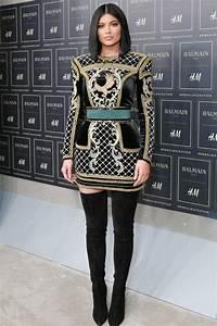 Kylie jenner vetue d39une robe balmain pour la soiree for Kylie jenner robe