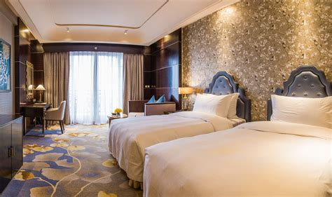 Chateau Star River Hotel In Guangzhou Room Deals Photos