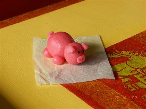 cochon en pate d amande cochon et truie page 2