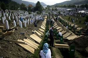 Hundreds line streets of Bosnia to pay respects to 175 ...
