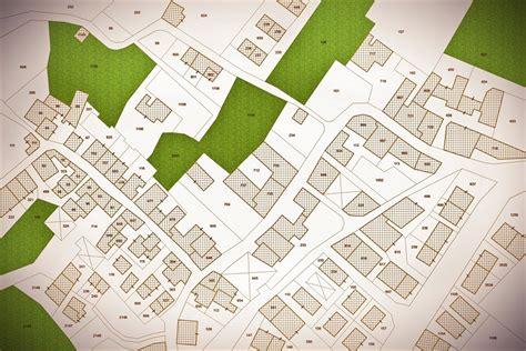 accatastamento tettoia di terra cruda casa di terra