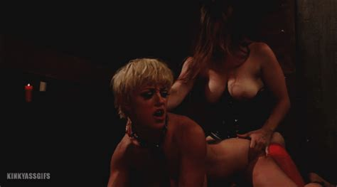 Bella Rossi And Darling In When The Cats Away Slutty Slaves