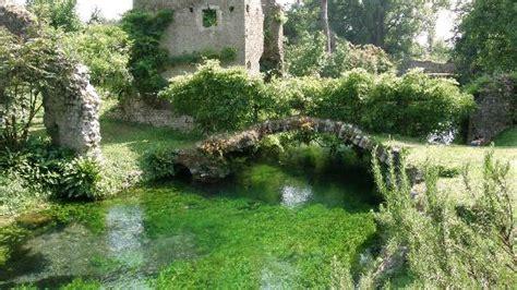 Laghetto  Picture Of Giardino Di Ninfa Monumento