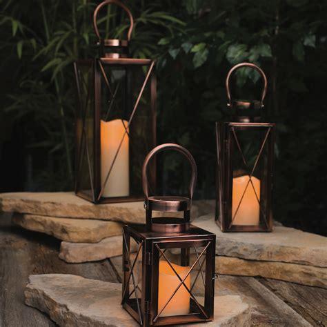 bougies d ext 233 rieur et lanternes pour fignoler le jardin