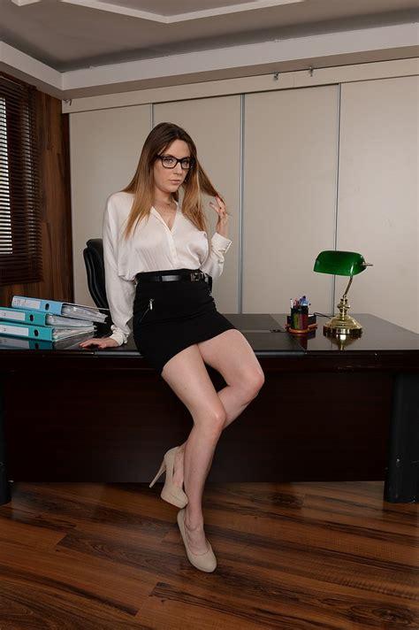 Samantha Bentley Gets Fingered And Fucked On Desk 1 Of 2