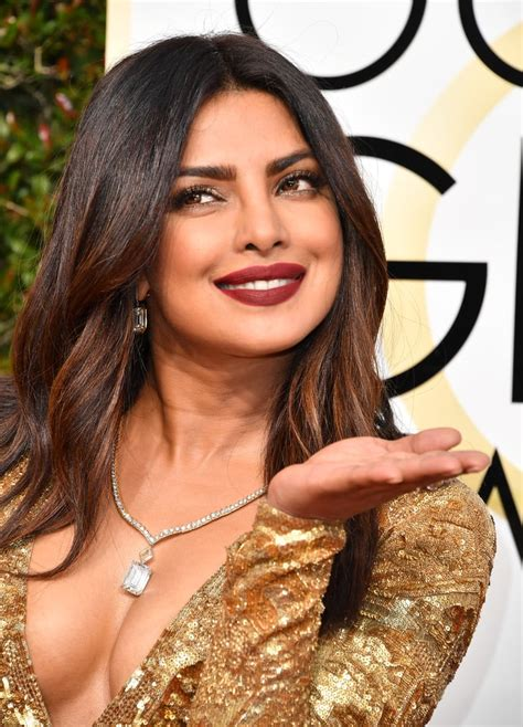Priyanka Chopra's Makeup and Hair at the Golden Globes ...