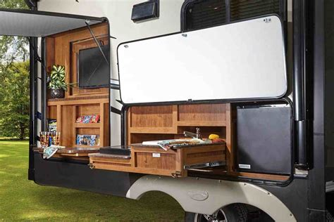 Fifth Wheel Campers With Outdoor Kitchen-arch.dsgn