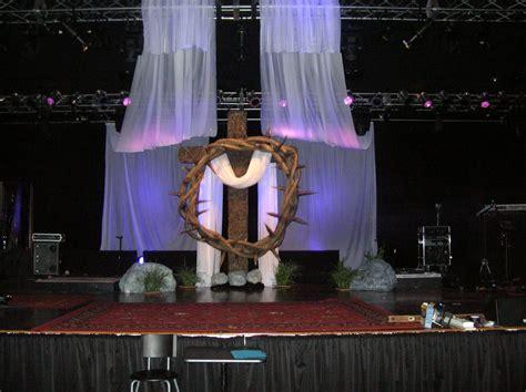 crown  thorns church stage design ideas