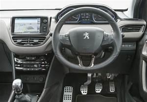 Fiche Technique Peugeot 2008 Essence : fiche technique peugeot 2008 1 2 puretech 130ch s s bvm6 crossway 2015 ~ Medecine-chirurgie-esthetiques.com Avis de Voitures
