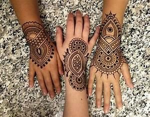 12+ Beautiful Henna Tattoo Designs