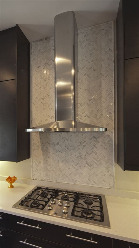 kitchen range backsplash 14 best backsplashes range images on 2479