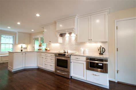 Backsplash Ideas For White Cabinets by Subway Tile Backsplash Ideas With White Cabinets Home